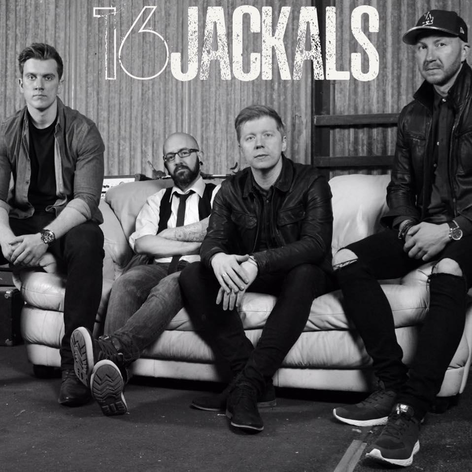 16Jackals 16 Jackals