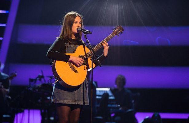 Chloe Jones on The Voice